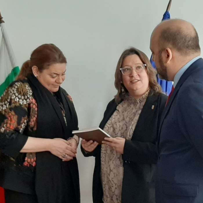 Ruth Sanz: «Las instituciones españolas y valencianas tenemos que ayudar a introducir a los artistas de la provincia en los circuitos culturales europeos»