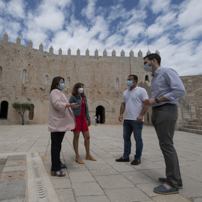 Ruth Sanz anima a la ciudadanía a visitar 'el nuevo castillo de Peñíscola', cuyas obras de remodelación finalizaron el pasado mes diciembre