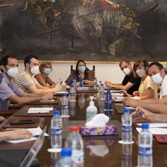 La Diputación apuesta por la creación de un potente circuito cultural provincial en colaboración con los profesionales de las artes escénicas