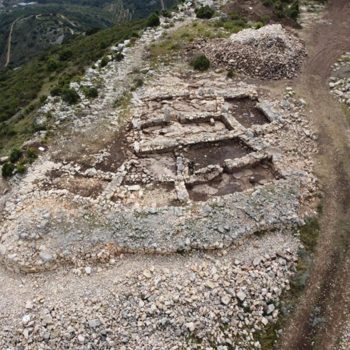 La Diputación finaliza las excavaciones en el yacimiento del Tossal de la Vila de la Serra con importantes descubrimientos