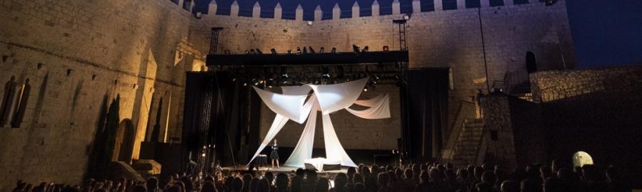 La Diputación vuelve a llenar el Castillo de Peñíscola esta noche con 'La Bohème'