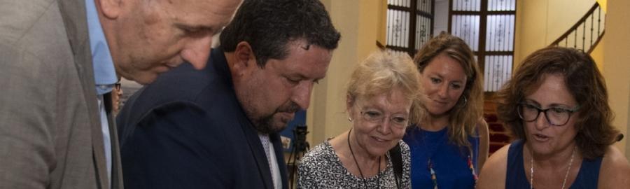 Diputación preservará el legado de Matilde Salvador donando por su familia