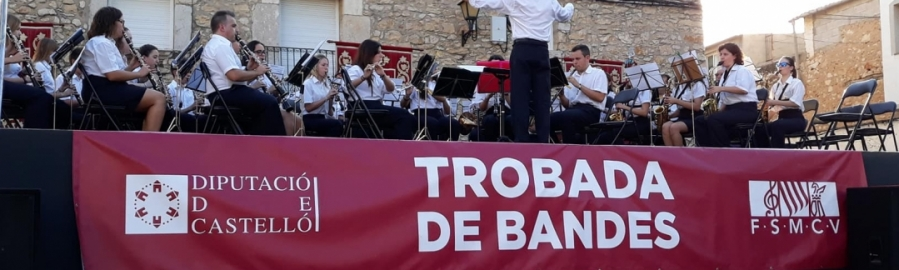 Diputación concluirá mañana en Càlig las 'Trobades de Bandes'